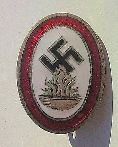 Click image for larger version.  Name:172) Opferrung Badge.jpg Views:56 Size:154.0 KB ID:364363