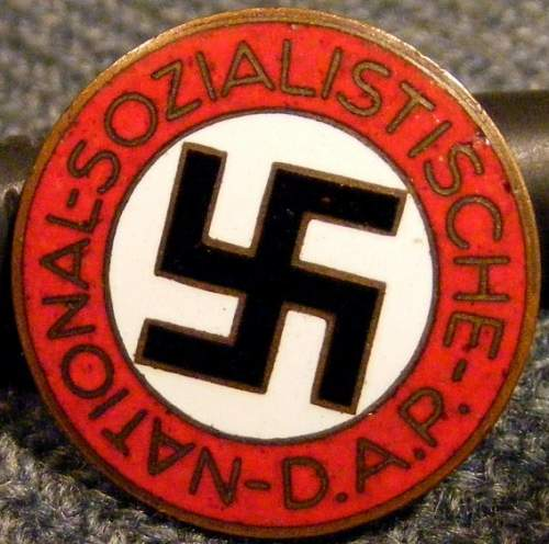 Click image for larger version.  Name:NSDAP Hayes front.jpg Views:72 Size:102.7 KB ID:428342