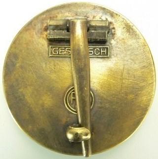Name:  NSDAP Large pin back 1.jpg Views: 345 Size:  37.3 KB