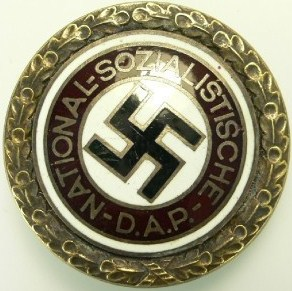 Name:  NSDAP Large pin front.jpg Views: 309 Size:  43.9 KB
