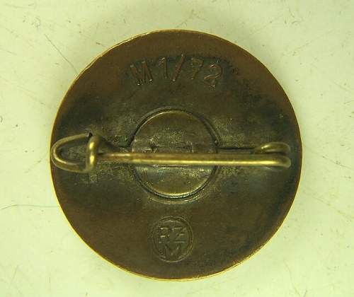 Click image for larger version.  Name:NSDAP pin back.jpg Views:91 Size:55.7 KB ID:470842