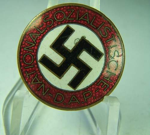 Click image for larger version.  Name:NSDAP pin front.jpg Views:85 Size:49.3 KB ID:470843