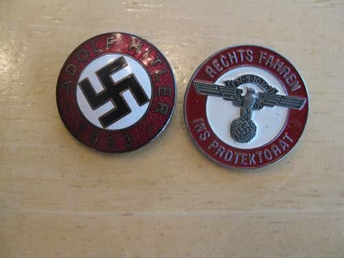 Assumed fake badges...pls confirm