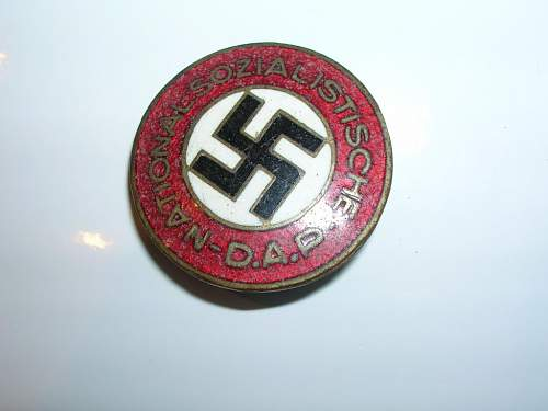 Reich GMBH: NSDAP Party membership badge. False or orginal?