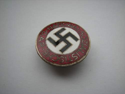 Button hole type NSDAP parteiabzeichen