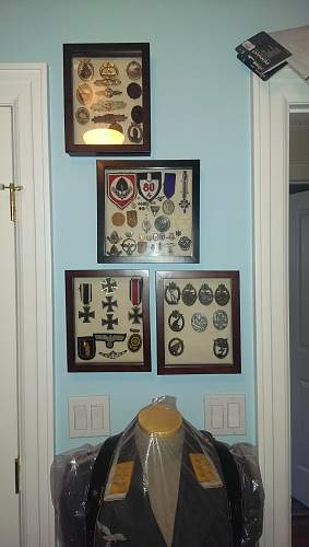 How do you display your party badges?
