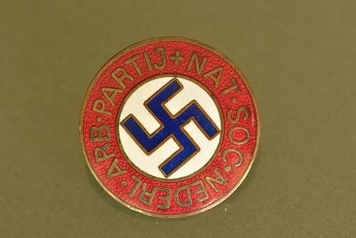 Dutch Party Badge