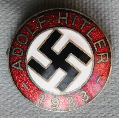 Click image for larger version.  Name:1 AH 1933 Enameled Domed Pin for Election front.jpg Views:68 Size:161.4 KB ID:938519