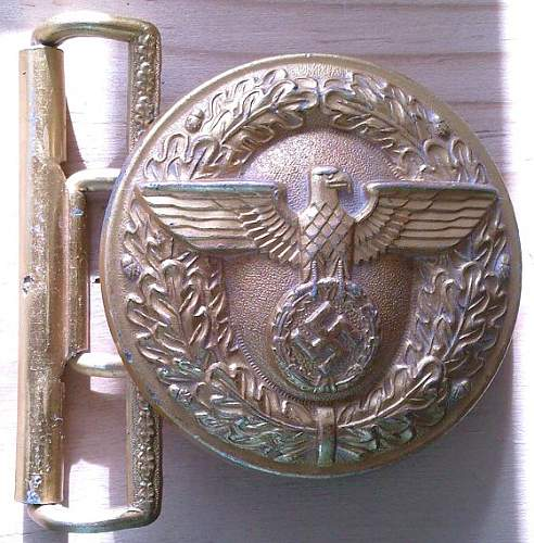 Political Leaders Belt Buckles M4/37 & M4/23: Authentic Pieces?