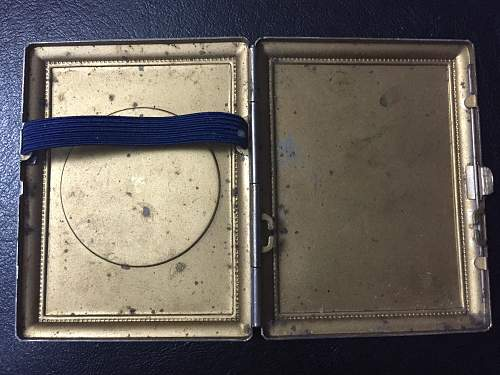SS Brocade centre on cigarette case?