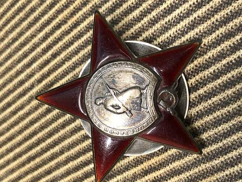 Question about recent Red Star Found on Budenovka