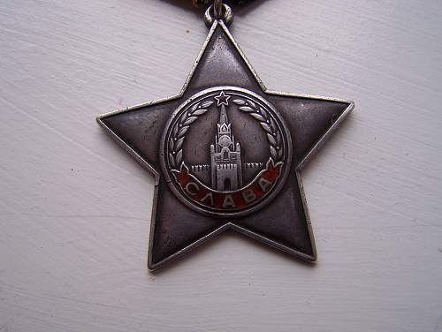 Red star and Order of glory opinions needed