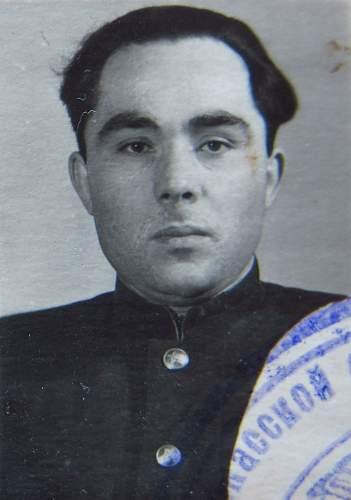 Click image for larger version.  Name:Senior Lieutenant Nikolai Ivanovich Talda 3.jpg Views:78 Size:165.5 KB ID:777727