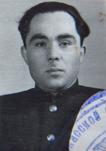 Click image for larger version.  Name:Senior Lieutenant Nikolai Ivanovich Talda 3.jpg Views:110 Size:165.5 KB ID:777727