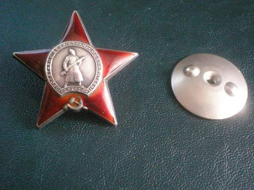 Medal for Bravery & Order of the Red Star: date of awarding?