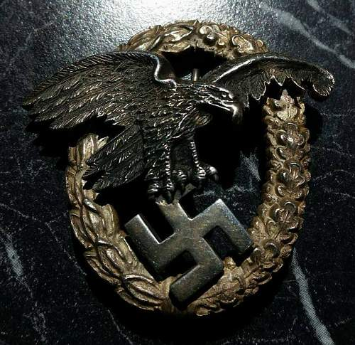 Need help authenticating this Beobachterabzeichen (observers badge) by A.G.M.u.K
