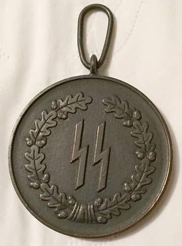 Need opinions on Cased 4 yr SS Long Service Award (In German: SS-Dienstauszeichnung 4.Stufe (4 Jahre))...