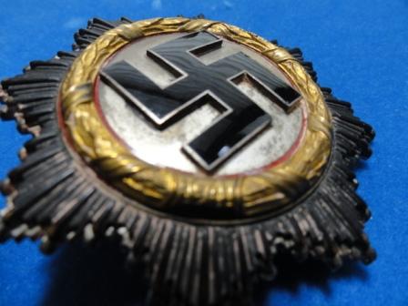 Deutsches Kreuz / German Cross (in gold? makers mark = 20 / Zimmermann)