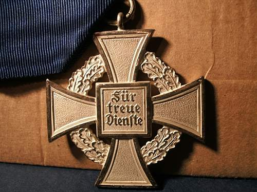 Service Faithful Service Medal - 25 years fake or real?