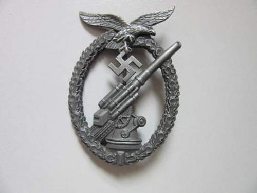 flak-kampfabzeichen - Luftwaffe Flak badge , Real or not , Thank you.