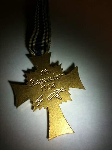 1st Mutterkreuz (gold) opinions?