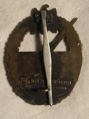 Kriegsabzeichen fur die Marine-Artillerie Otto Placzek Junker Berlin