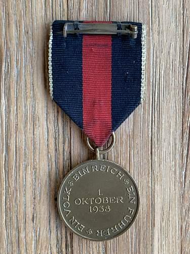 Medaille zur Erinnerung an den 1. Oktober 1938 with Prager Burg