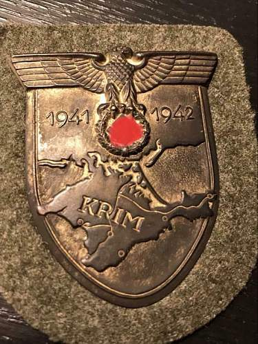 Info about the authenticity of this Krimshield.