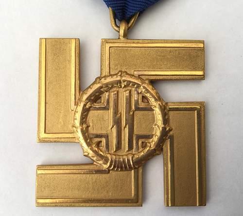 SS-Dienstauszeichnung 1.Stufe (25 Jahre) - SS Long Service Award 1st Class (25 Years).