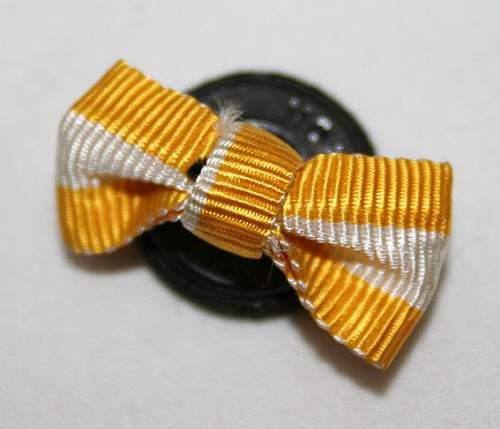 button hole ribbon