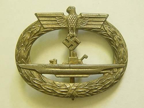 Click image for larger version.  Name:U Boat war badge..jpg Views:1109 Size:243.0 KB ID:145713