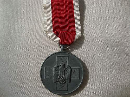 Click image for larger version.  Name:medals 107.jpg Views:103 Size:263.3 KB ID:147494