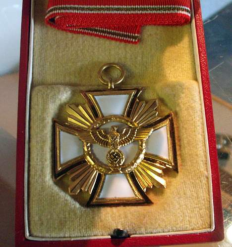 NSDAP 25 year Long Service Medal in box: Value?