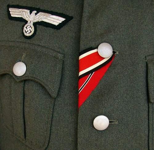 Medal ribbon ID please help