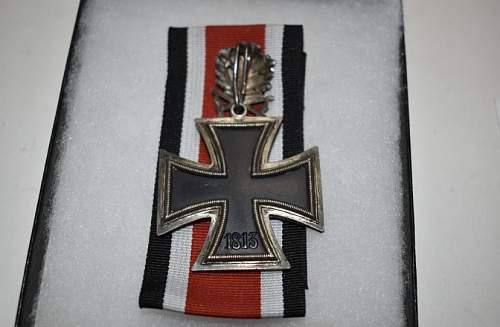 HELP!! Ritterkreuz mit Eichenlaub und Schwertern real or fake??