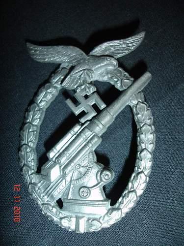 Cased Luftwaffe Flak Badge