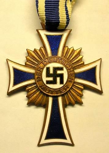 Click image for larger version.  Name:Mutterkreuz - Bronze -1.jpg Views:168 Size:55.4 KB ID:177264