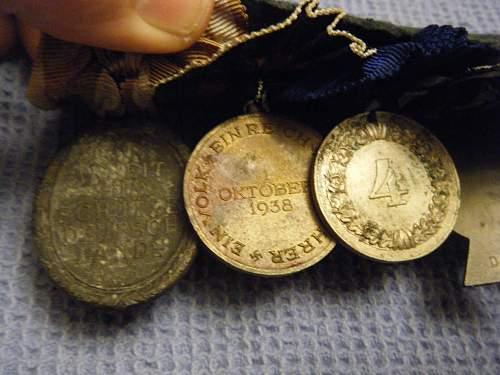 Click image for larger version.  Name:8 medal bar (back) 1.jpg Views:49 Size:209.5 KB ID:195763