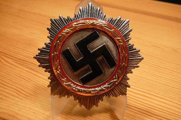 Deutsche Kreuz in Gold - real or fake?