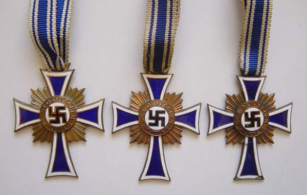Click image for larger version.  Name:Mothers Crosses in Bronze..jpg Views:543 Size:223.4 KB ID:22075