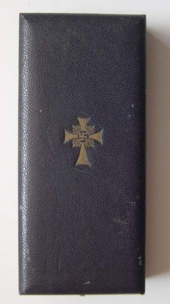 Click image for larger version.  Name:Case for Mothers cross in Gold..jpg Views:152 Size:233.8 KB ID:22081
