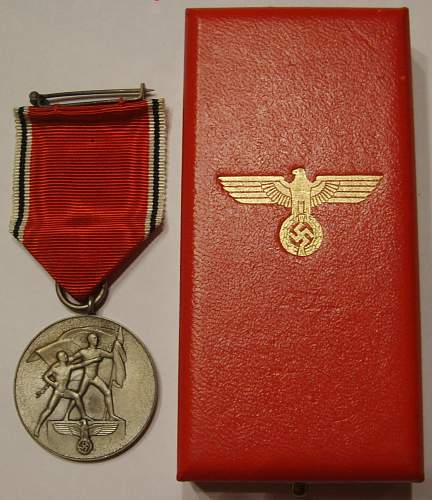 Boxed Anschluss medal