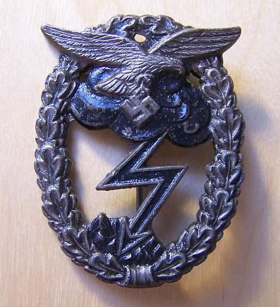 Click image for larger version.  Name:LW Gound Assault Badge 1c.jpg Views:74 Size:197.4 KB ID:24670
