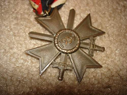 Click image for larger version.  Name:medals 003.jpg Views:53 Size:149.2 KB ID:251149