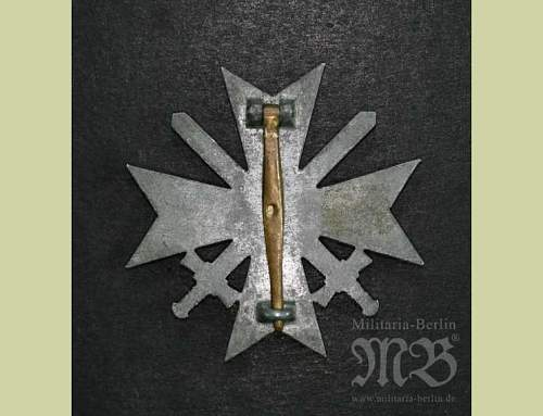 Click image for larger version.  Name:War Merit Cross 1st Class with Swords..jpg Views:53 Size:38.5 KB ID:252902