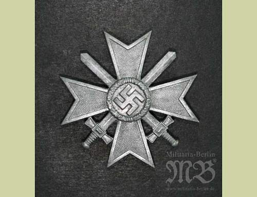 Click image for larger version.  Name:War Merit Cross 1st Class with Swords. Maker 4.jpg Views:37 Size:44.5 KB ID:252903