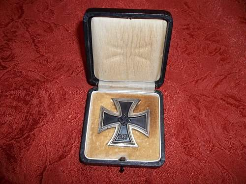 Click image for larger version.  Name:ironcross2.JPG Views:138 Size:248.4 KB ID:253524