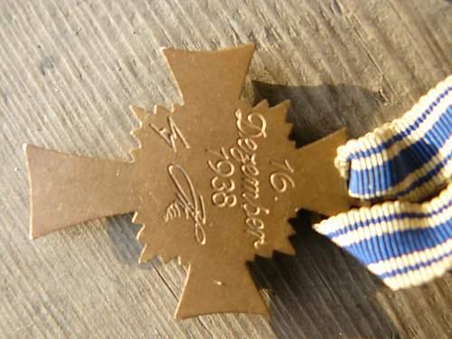 Mutter Kreuz dated Dec 1938