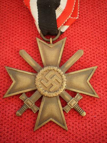 What services those medals has been awarded?