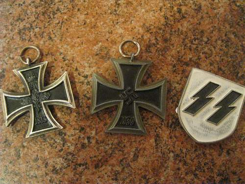 Selection of TR badges and awards